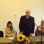"""La Casa de Cultură din Cugir a fost lansat volumul """"Incursiuni în memorie"""", de Vasile Drăgan"""