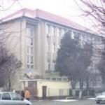 """Starea avansată de degradare a atelierului școlar al Colegiului Tehnic """"ID Lăzărescu"""" impune lucrări de reparații"""