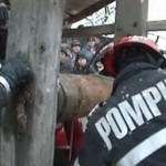 Pompierii au salvat la Vinerea un bătrân care a cazut în fântână