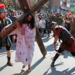 Procesiune religioasă unică în Duminica Sfintei Cruci, în Ţara Vântului, la Cugir