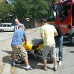 Două persoane au fost rănite ușor la Cugir după ce s-au răsturnat cu motocicleta pe DJ 704