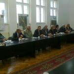 Dialog civic pe problemele persoanelor vârstnice desfășurat la Geoagiu între reprezentanții județelor Alba și Hunedoara