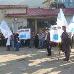 Sindicaliștii de la Uzina Mecanică Cugir și-au strigat în stradă nemulțumirea