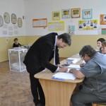 Până la ora 10.00 la Cugir s-au prezentat la urne aproape 1.500 alegători