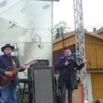 """Cei peste 800 de spectatori prezenți în cea de-a doua zi a Festivalului """"Zilele Tineretului"""" de la Cugir au avut parte de muzică de calitate"""