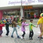 Peste 1000 de copii din Cugir sărbătoriţi cu activităţi recreative şi spectacole de 1 iunie