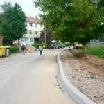 Cu bani de la bugetul local, au început lucrările de reabilitare şi modernizare a mai multor străzi din Cugir