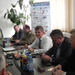 """Mircea Dușa: """"Ministerul Apărării va sprijini cu comenzi fabricile din Cugir"""""""