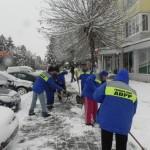 Autoritățile din Cugir au depus eforturi majore pentru combaterea efectelor generate de căderile masive de zăpadă