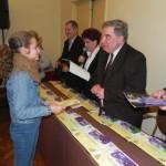 Cei mai buni elevi şi profesori din Cugir au fost premiaţi de administraţia locală