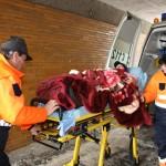 O fetiță care a trecut strada prin loc nepermis la Cugir a fost acroșată de o mașină