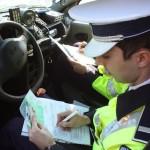 Bărbat de 71 de ani din Ceru Băcăinți cercetat de polițiști, după ce a fost surprins conducând fără permis un moped neînmatriculat