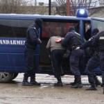 Bărbat din Cugir sancţionat contravențional de jandarmi după ce a vrut să-și evacueze familia din casă