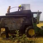O combină a luat foc într-un lan de grâu, la Pianu de Jos