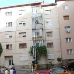 O cratiță uitată pe aragaz într-un apartament din Cugir a luat foc, în timp ce proprietarul era la plimbare