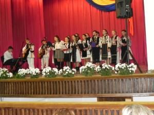 spectacol-casa-de-cultura-cugir-ziua-nationala-2015