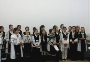 colindatori-scoala-singidava-cugir-dec-2015