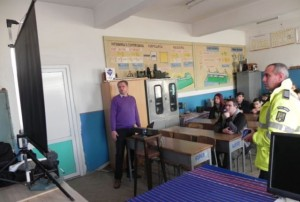 dezbatere-circulatie-rutiera-la-colegiul-ion-lazarescu-cugir-dec-2015