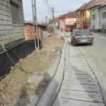 Calitatea lucrărilor de pe strada Avram Iancu îi nemulţumeşte pe cugireni