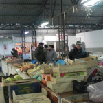 """La Cugir, gerul a alungat comercianţii din Piaţa """"Complex"""""""