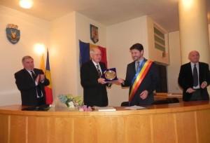 medalie-onoare-academician-gyenge-csaba-feb-2016