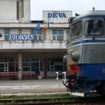 Un bărbat a fost prins sub roata unui tren, în stația CFR Deva, şi a rămas fără un picior