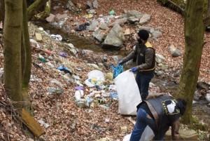 cugir-actiune-ecologizare-lupii-singidavei-martie-2016