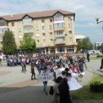 """Circa 300 de elevi și profesori din Cugir au luat parte la """"Marșul cărților și cititorilor"""""""