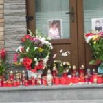 Flori, candele… durere și tristețe – pentru o tânără din Cugir care a murit în timp ce se afla în concediu în Grecia