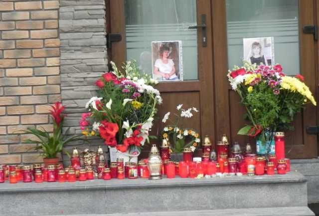 magazin tanara decedata in Grecia