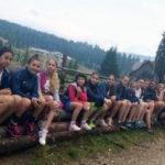 Stagiu centralizat de pregătire în Munții Sebeșului pentru micile handbaliste de la CSO Cugir