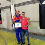 Pugilistul cugirean Alexandru Turlea pe podiumul Campionatului Național de Box pentru seniori, desfășurat la Brăila