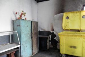 incendiu-container-piata-complex-cugir-oct-2016