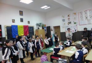 ziua-nationala-la-scoala-nr-3-cugir-2016