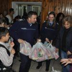 În apropierea sărbătorii Crăciunului, polițiștii au fost alături de copiii instituţionalizaţi din Centrul de Plasament Orăştie