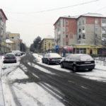 Începând de joi noaptea, la Cugir s-au pus în aplicare măsuri de eliminare a eventualelor efecte negative pricinuite de căderile masive de zăpadă