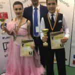"""Dansatorii cugireni au obținut nu mai puțin de 14 medalii la Concursul național de dans sportiv """"Cupa Cetății"""", de la Alba Iulia"""