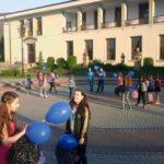 Ziua Internațională a Conștientizării Autismului, marcată la Cugir prin lansarea a 50 de baloane albastre, simpozion și un marș pe străzile principale din oraș