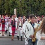 A debutat cea de-a VI-a ediție a Festivalului Național de Dansuri și Tradiții Populare de la Vinerea – Cugir