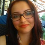 Andreea Boltașu, tânăra care suferă de o boală cruntă, nu se mai poate opera și dorește ca banii strânși din donații să ajungă la alți doi copii bolnavi din Cugir