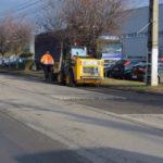 Administrația publică din Cugir a demarat lucrări de reparaţii pe unele străzi din oraș
