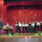 Aproximativ 200 de persoane au participat ieri seară la spectacolul organizat cu prilejul zilei de 1 Martie, la Casa de Cultură din Cugir