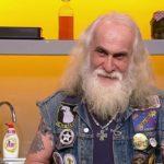 """Bikerul cugirean Ede Sztupi – o apariție inedită la emisiunea """"Chefi la cuțite"""" de la Antena 1"""