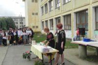 """Elevii și profesorii de la Școala Gimnazială """"Singidava"""" din Cugir au participat la festivitatea de închidere a anului școlar 2017 – 2018"""