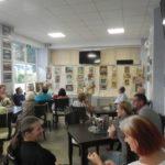 """Poetul Dumitru Vasile organizează frecvent la """"Capșa"""" Cugirului întâlniri între creatorii și iubitorii de frumos"""