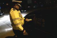 Tânăr de 23 de ani din Cugir cercetat de polițiști după ce a condus băut, a provocat un accident rutier pe strada Victoriei și a fugit de la locul faptei